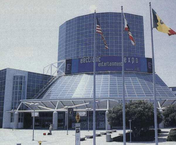 L'E3 95 s'est déroulé du 11 au 13 mai au Convention Center de Los Angeles. Un lieu désormais mythique pour les habitués du jeu vidéo.